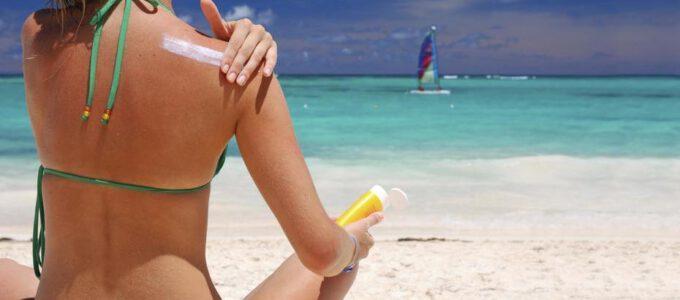 Řekněte ANO slunci! Jak pečuji o svoji pokožku, své vlasy a své nehty během léta?